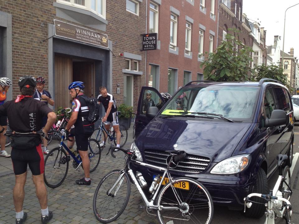 Vertrek uit Maastricht.